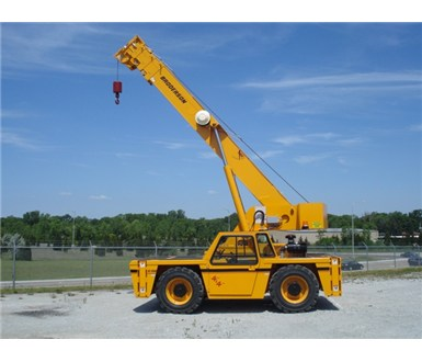 Broderson_IC250-3C_Carry_Deck_Crane_M000362_001