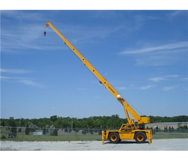 Broderson_IC250-3C_Carry_Deck_Crane_M000362_003
