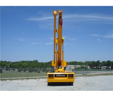 Broderson_IC250-3C_Carry_Deck_Crane_M000362_006