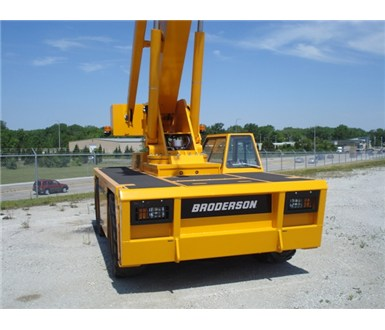 Broderson_IC250-3C_Carry_Deck_Crane_M000362_007