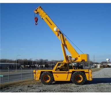 BRODERSON IC-250-3E CARRY DECK CRANE