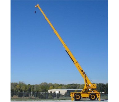 BRODERSON IC-400-3A CARRY DECK CRANE